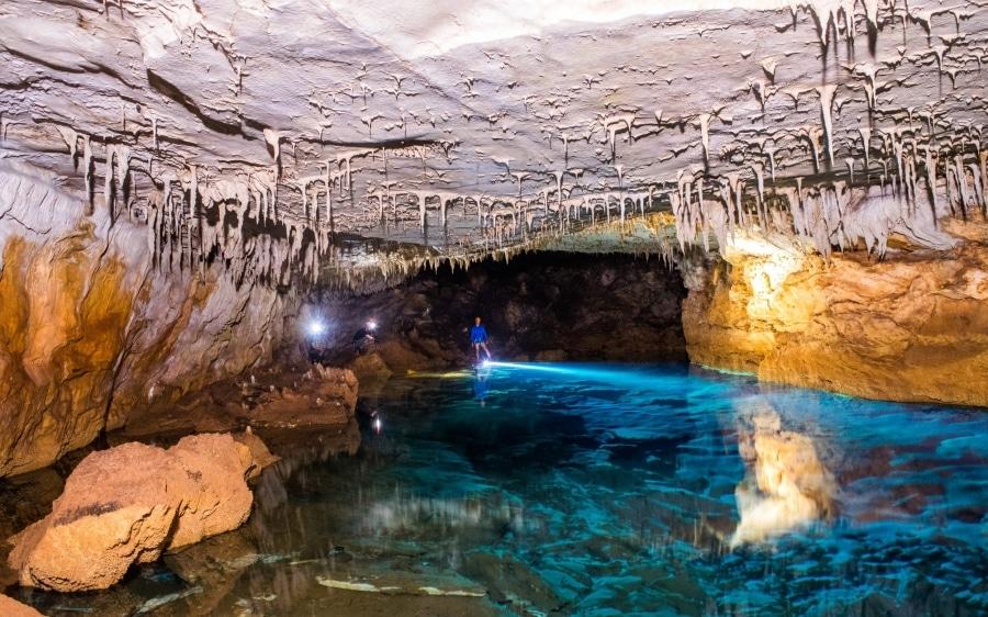 Σπήλαιο Αγγαλάκι στην Κεφαλονιά..!